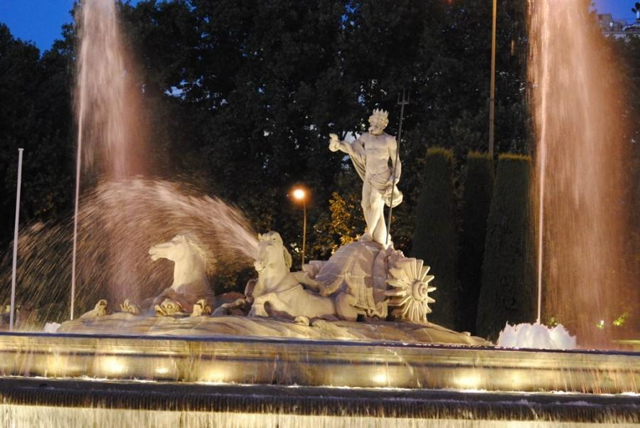 The Fuente de Neptuno is a landmark in Madrid, where Champions League finalists Real Madrid and Atlético Madrid play.