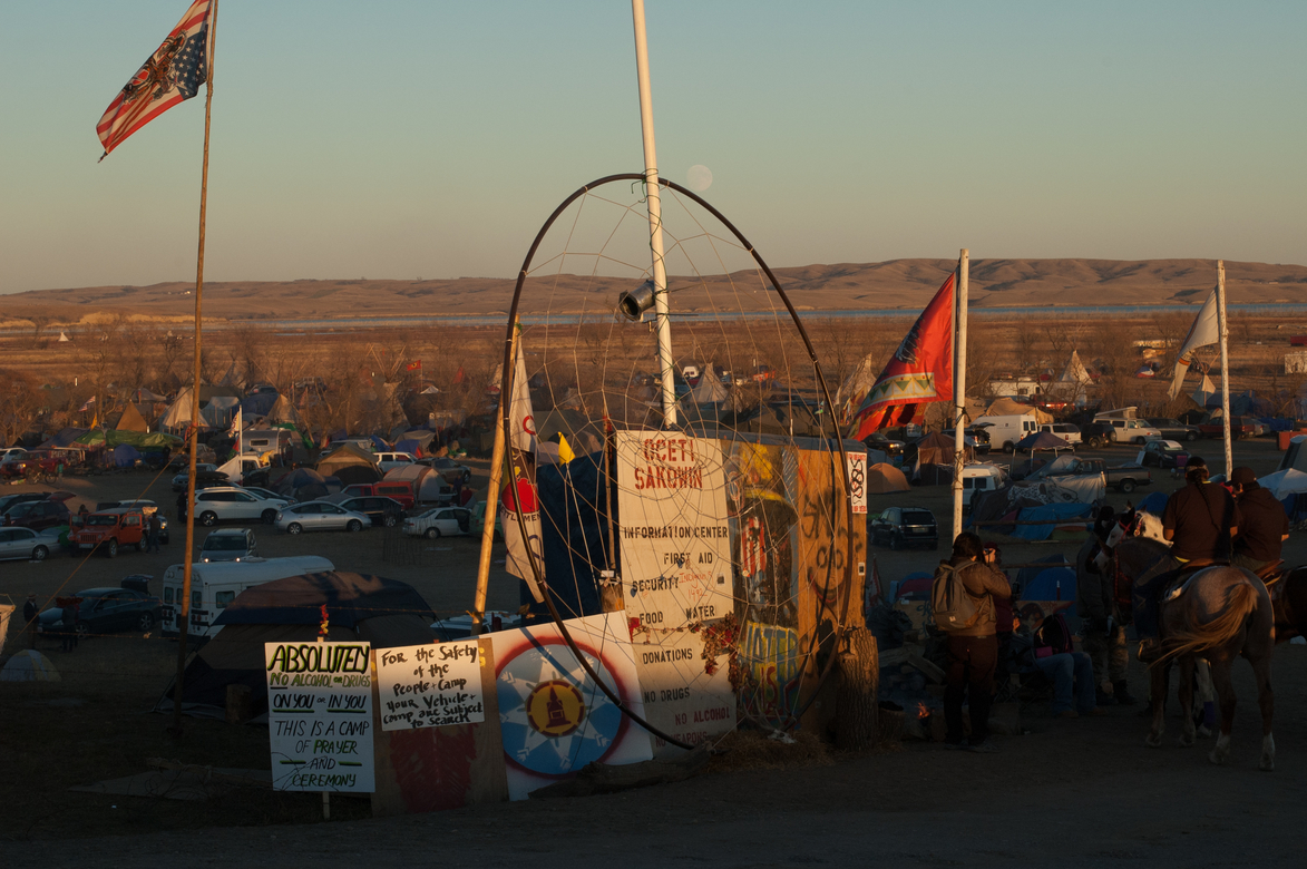A sign leading people to the camp grounds where protesters can stay for the Dakota Access Pipeline