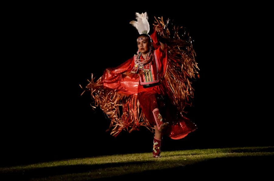 A+fancy+shawl+dancer+competes+in+the+spotlight+contest+at+Red+Mountain+Eagle+Pow-Wow.+