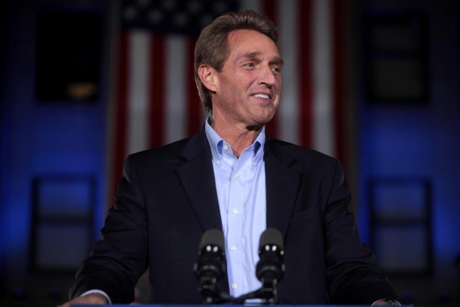 U.S.+Senator+Jeff+Flake+speaking+at+a+campaign+rally+for+State+Treasurer+Doug+Ducey+at+the+Yavapai+County+Courthouse+in+Prescott%2C+Arizona.