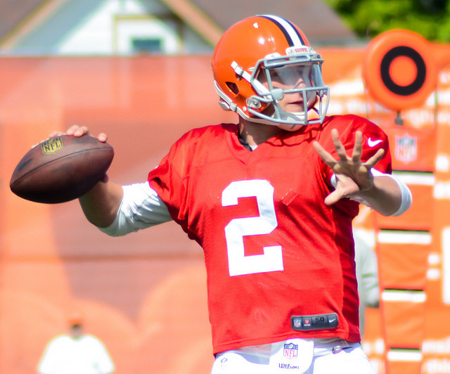 Manziel+at+Browns+training+camp+in+2014