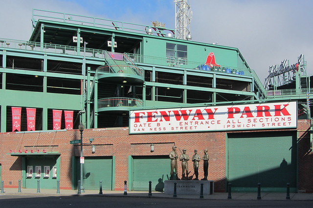 Fenway+Park%2C+Van+Ness+St%2C+Boston%2C+Massachusetts%2C+United+States