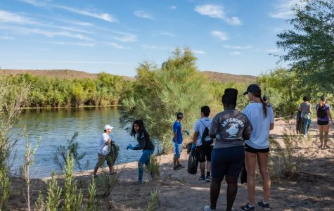 SCC Students pitch in for Salt River clean-up effort