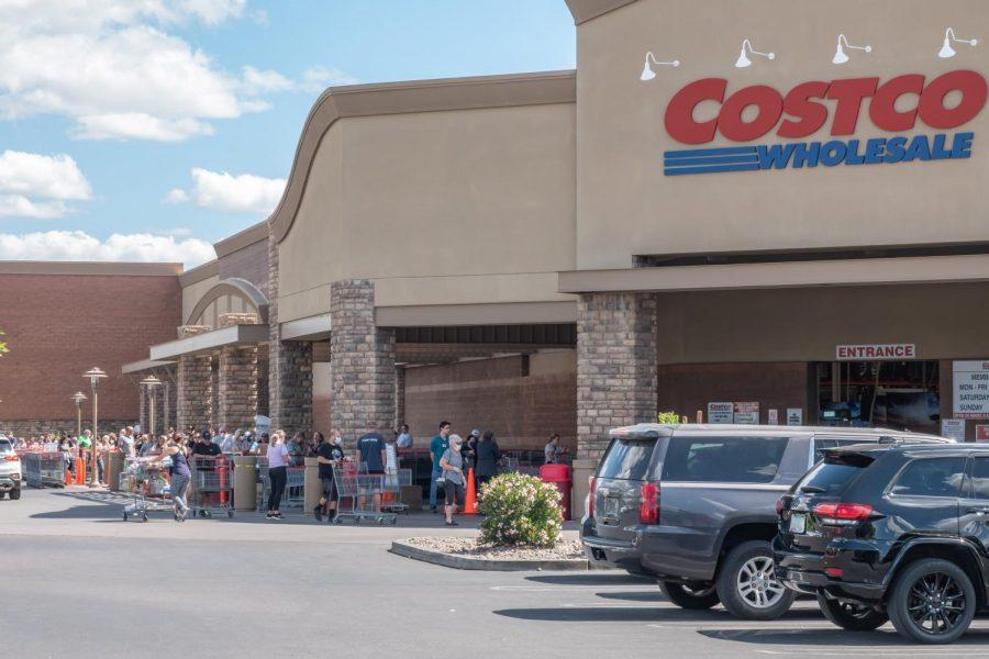 Costco entry line in Gilbert, AZ