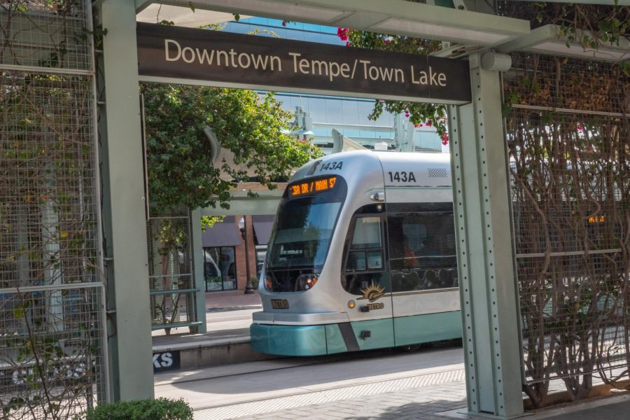 DowntownTempeLightrail3400