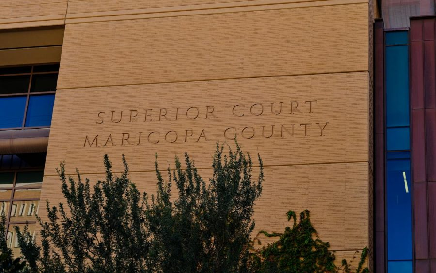 The+Superior+Court+courthouse+of+Maricopa+County+at+201+West+Jefferson+Street+in+downtown+Phoenix%2C+Arizona%2C+part+of+the+Judicial+Branch+of+Arizona.