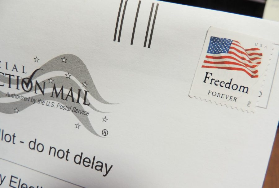 Many+voters+decided+to+vote+early+or+by+mail